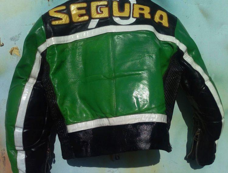Repigmentation blouson en cuir moto