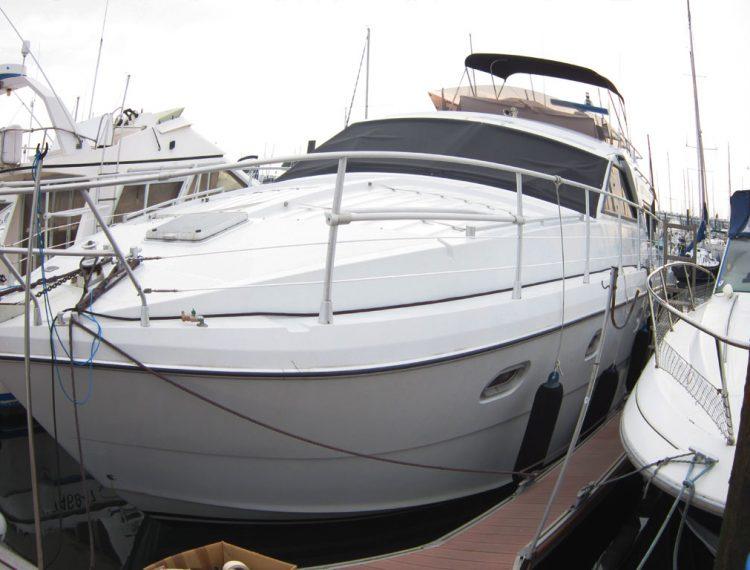 Changement de couleur coussin skai bateau